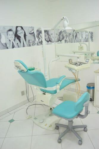 dentist-1437413_960_720