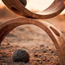 Holzstücke im Gleichgewicht